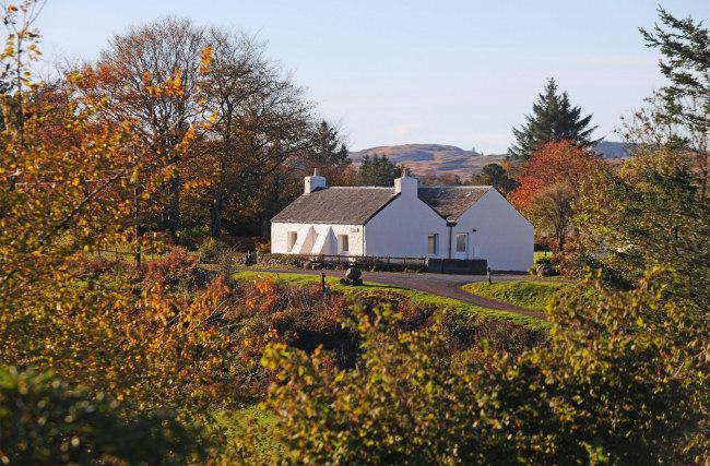 Tigh Grianach in Autumn